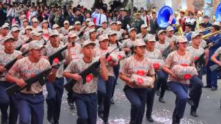 Escolares Rinden Homenaje a COMANDOS CHAVIN DE HUANTAR.