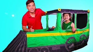 Jannie Build and Play with Train