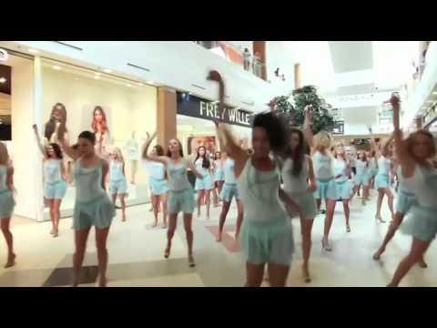 Nice dancing - super girls Зажигательный весенний флешмоб