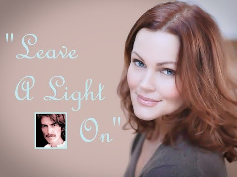 """Leave A Light On"" (Lyrics) 💖 BELINDA CARLISLE 💡1989"