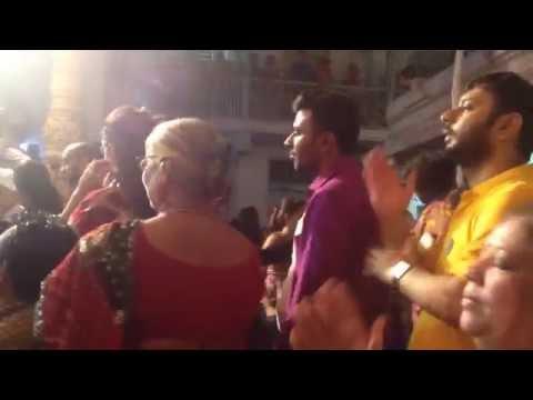 Falguni pathak Live Dakla | Chamunda maa ne darshan jaiye at Babulnath Temple