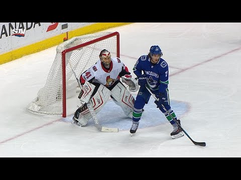 10/10/17 Condensed Game: Senators @ Canucks