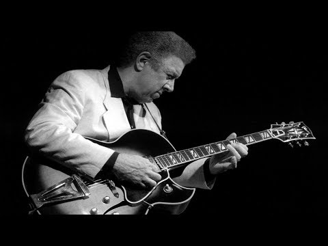 Kenny Burrell - A Night At The Vanguard (1959).