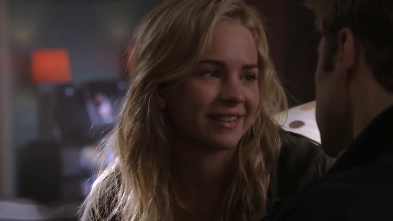 Download Life Unexpected S02E11