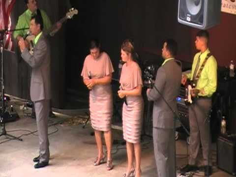 The McNeills LIVE AT THE BREAKS 2012 part 1