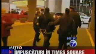 Illegal CD pedlar killed by police at New York Times Square.flv