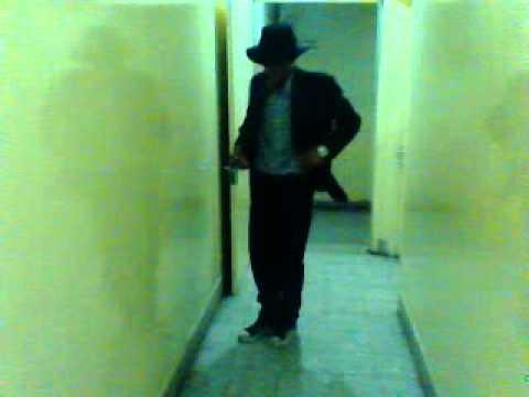 john dancing as mj 0024
