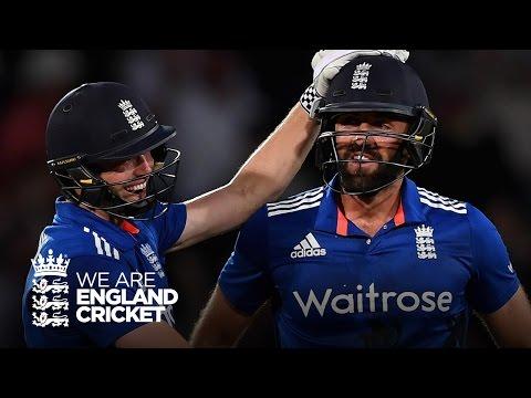 Plunkett ties the game off the final ball! England v Sri Lanka Highlights