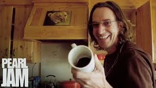 The Stone Gossard House Tour - Pearl Jam Twenty