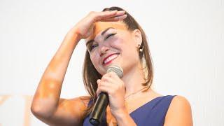 Саша Грэй в Москве показала «Открытые окна»