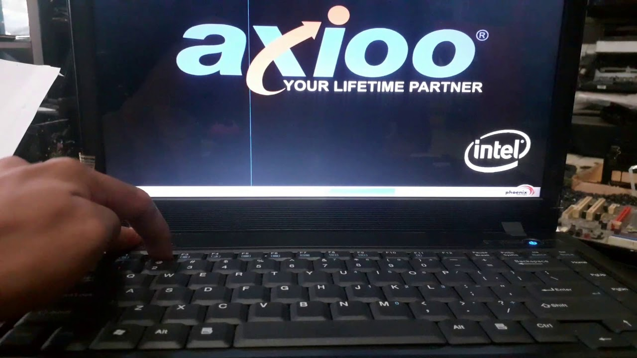 setting bios axioo MNC untuk install ulang windows