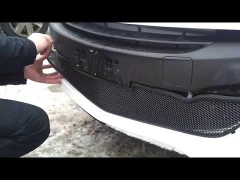 Установка защитной сетки радиатора на Mazda 3 2011-13 г  black