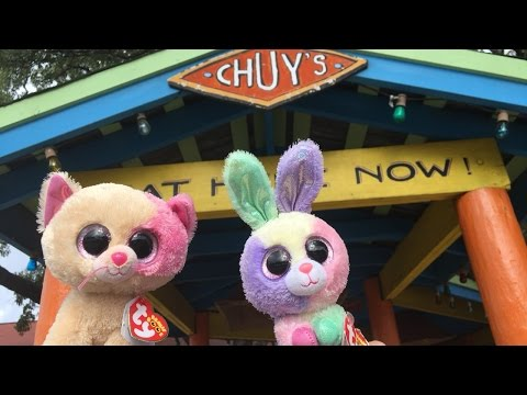 Beanie Boo's: Anabelle & Bloom go to Chuy's!