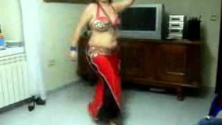 Fatty Arab belly dance but very sexy