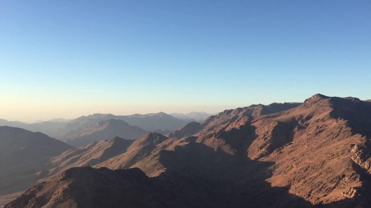 رحلة إلى جبل موسى بالصور