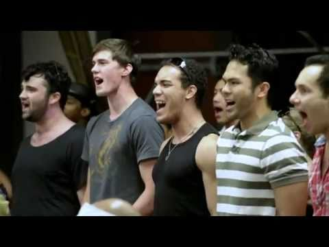 Behind-The-Scenes at Aladdin: The New Stage Musical