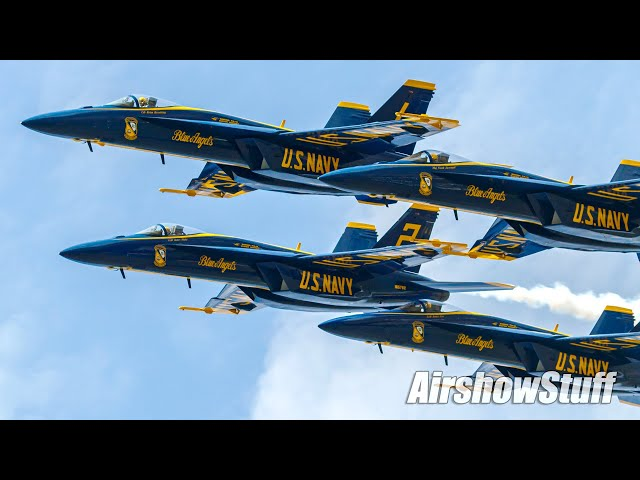 Blue Angels F-18 Super Hornets - FIRST Full Public Performance!
