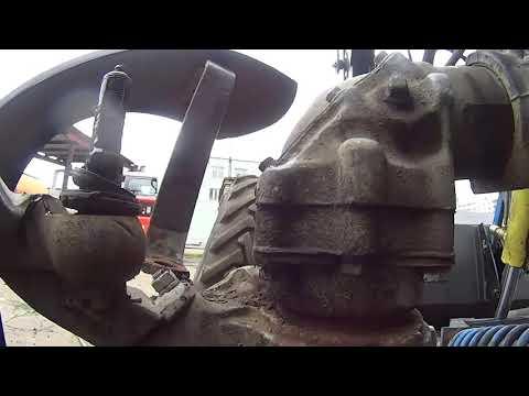[Ремонт тракторов] Трактор МТЗ 82, Разбираем бортовую
