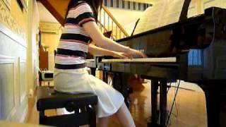 原曲とは違うバラードアレンジです。 ピアノでみなさんに語りかけます。