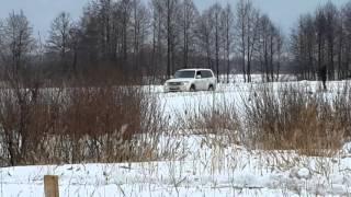 Mitsubishi  Pajero и  Nissan Pathfinder