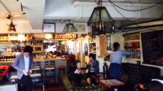 毎週土曜・日曜朝9時!下北沢のカフェVIZZにて上演中!詳しくは→http://...