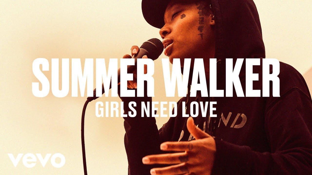 "Summer Walker - ""Girls Need Love"" (Live) | Vevo DSCVR"