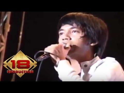 d'Masiv - Manusia Tak Berharga  (Live Konser Medan 08 Mei 2010)
