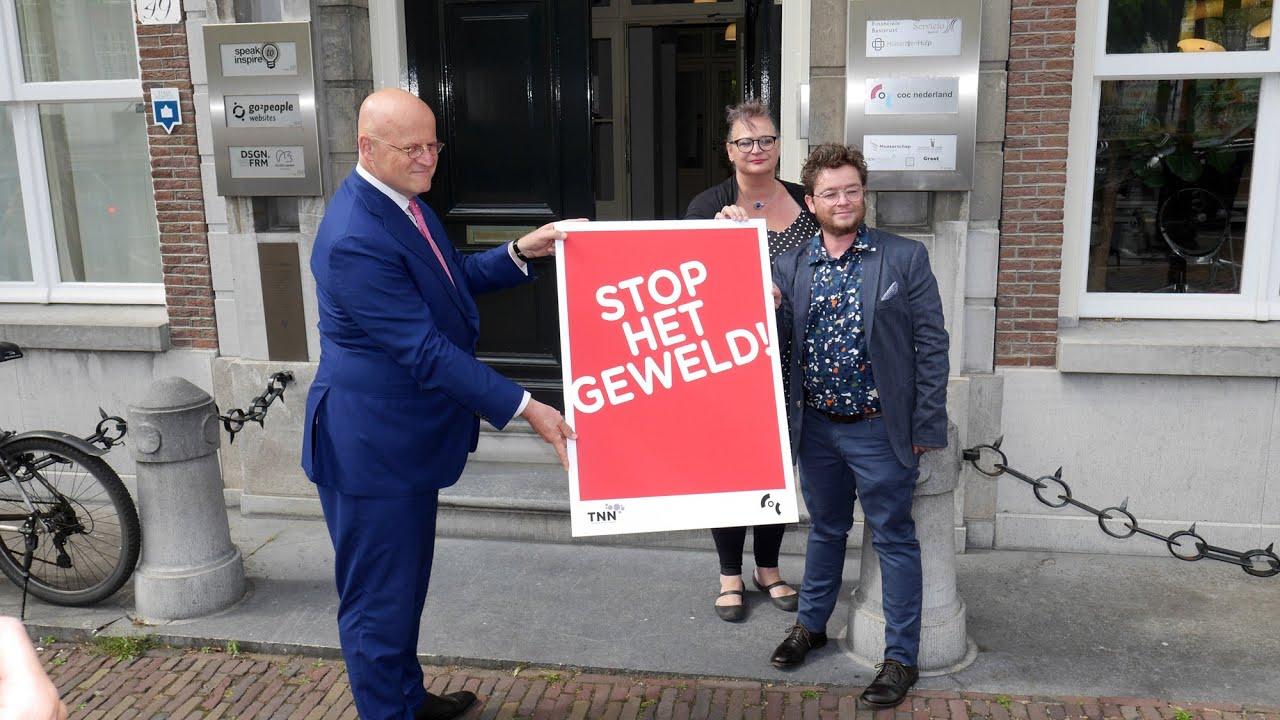 Minister Grapperhaus Bezoekt Amsterdam Ivm Geweld Tegen