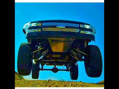 Long travel Jumping and Drifting - Mazzulla Offroad - YouTube