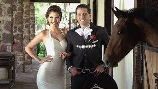 La familia de  Ana Patricia y Luis llegó de todos lados para la boda YouTube Videos