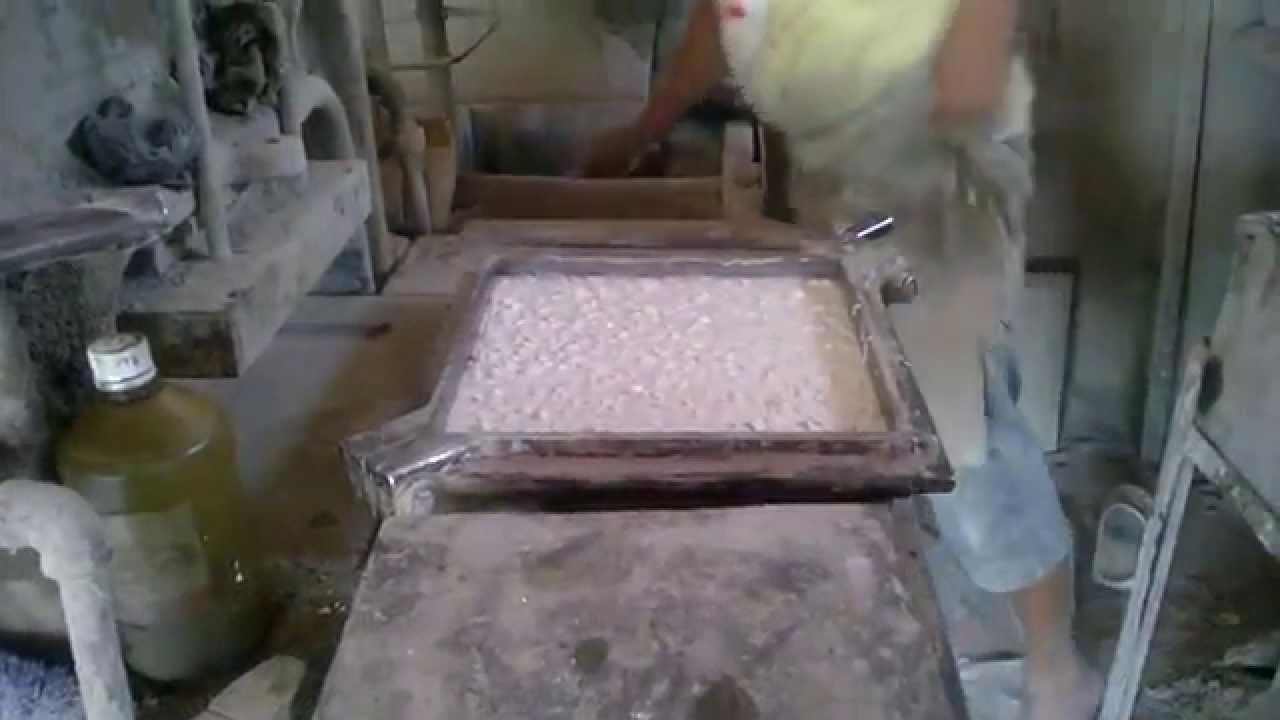 Como se hace una piedra de granito pulido youtube for Piedra para granito