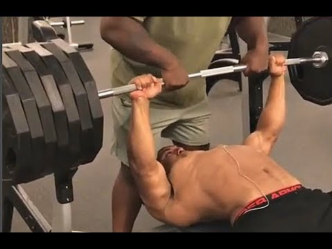 Thumbnail: 675lb Bench Press: Real VS Fake