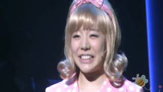 fancam-120417-snsd-sunny-catch-me-if-you-can-musical-beehappi