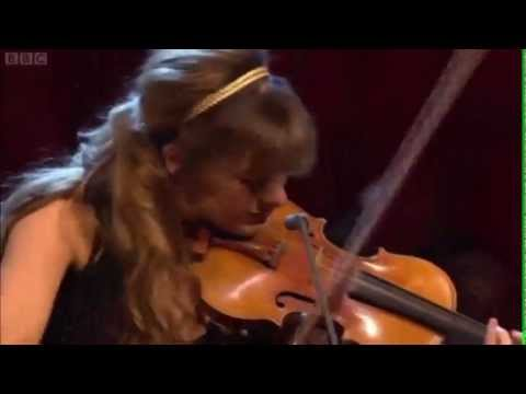 Nicola Benedetti and the Scottish symphony orchestra