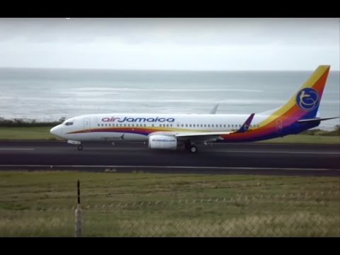 Caribbean Airlines 608 Taking off from Grenada