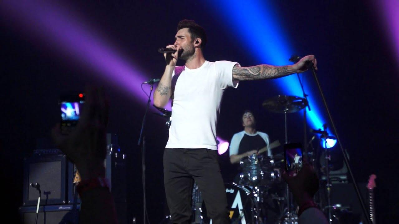 Maroon 5 LIVE! | Lindsey's Blog
