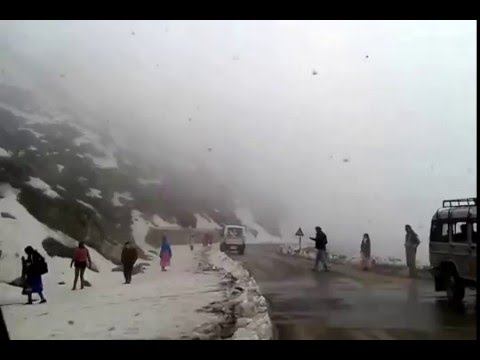 Ice covered Road to Changu Lake & Nathula - Snow filled Road to Tsomgo Lake & Nathu La Border Sikkim