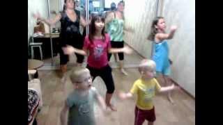 Танцы под Kinect: Just Dance Kids 2
