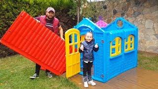 Öykü'nün Evinin Çatısı Uçtu - Pretend Play playhouse - Funny Oyuncak Avı