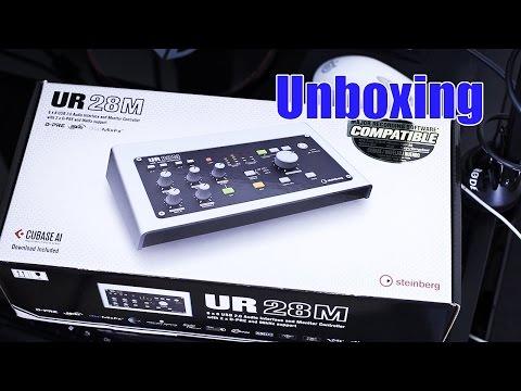Steinberg UR28M Audio Interface Unboxing