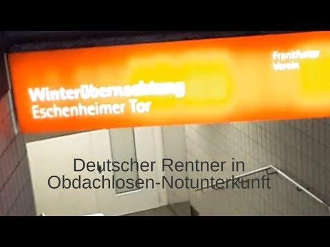 Deutscher Rentner in Obdachlosen-Notunterkunft Frankfurt Eschenheimer Tor