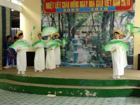 Múa Truyền Thống - HS Nguyễn Khuyến