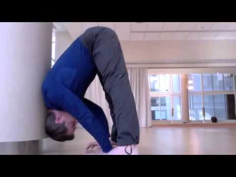 How to Use the Wall to press to a Handstand