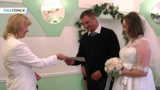 видео Какая же свадьба без букетов