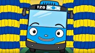Игры для детей и мультики про машинки. Тайо на автомойке
