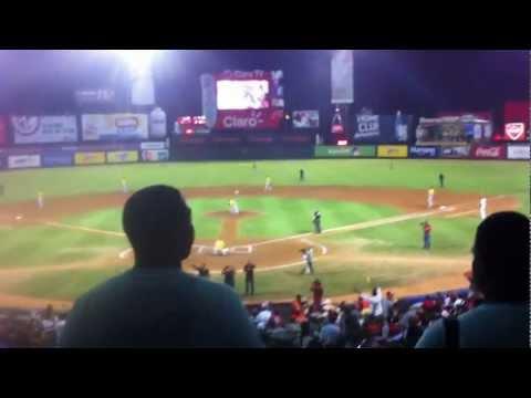 Liga Dominicana de Beisbol -  Toros del Este @ Leones del Escogido - Estadio Quisqueya - 12/19/2011