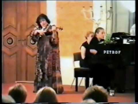 Marina Yashvili and a bird