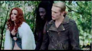 Трейлер фильма «Вампиры сосут»