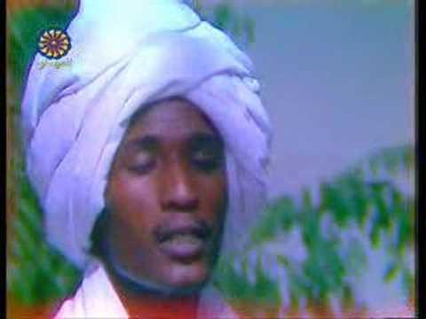 2d5339cc7 مدرستان و 4 أزمات : تاريخ الغناء في السودان