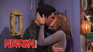 """Он её краб. Поцелуй Росса и Рейчел. Момент из сериала """"Друзья"""" S02E14"""